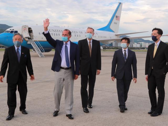 Covid-19: Đến Đài Loan không phải cách ly, Bộ trưởng Mỹ được bảo đảm an toàn ra sao?