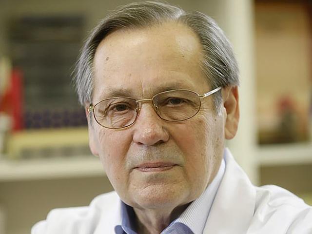 Bác sĩ hàng đầu từ chức sau khi Nga công bố vaccine ngừa Covid-19 đầu tiên