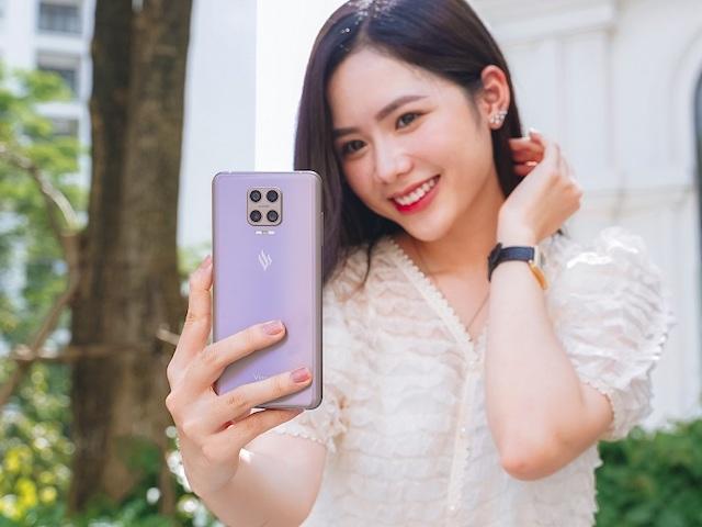 NÓNG: VinSmart công bố smartphone đầu tiên có camera ẩn dưới màn hình