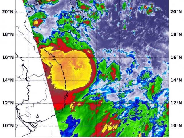 Bão số 5 đổ bộ vào Việt Nam: NASA cung cấp ảnh hồng ngoại cho thấy chỗ mạnh nhất