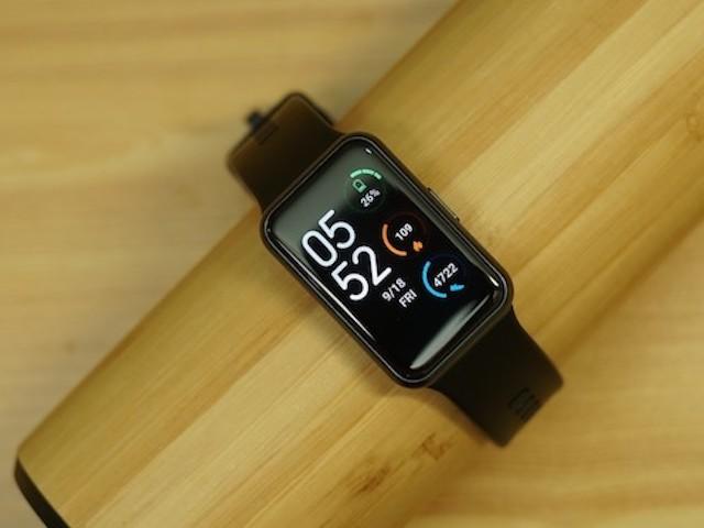 Đánh giá Huawei Watch Fit: Trợ lý sức khỏe thông minh, pin khỏe