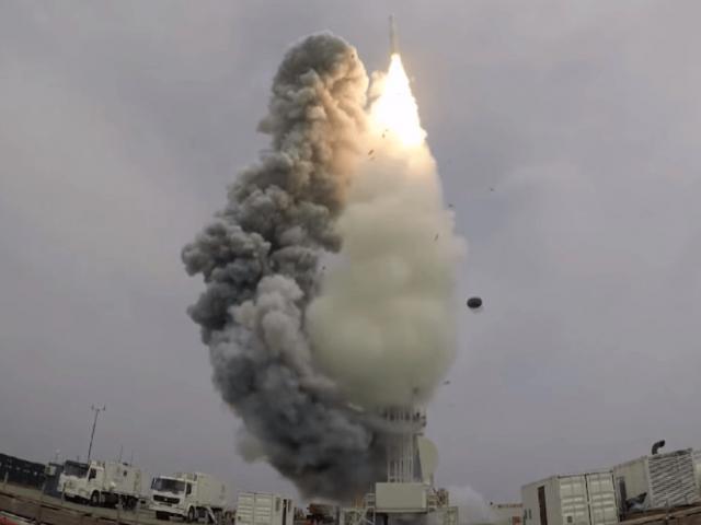 """Thực hư chuyện Đài Loan không đủ tên lửa để phản kháng đòn tấn công """"vũ bão"""" từ TQ"""