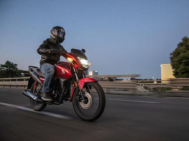 Naked-bike giá rẻ Honda CB125F 2021 trình làng