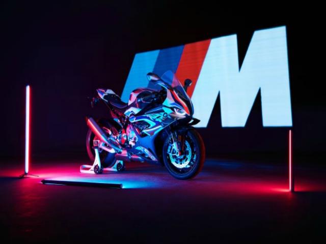 Ngắm 2020 BMW Motorrad M1000RR hiệu suất đua thuần chủng