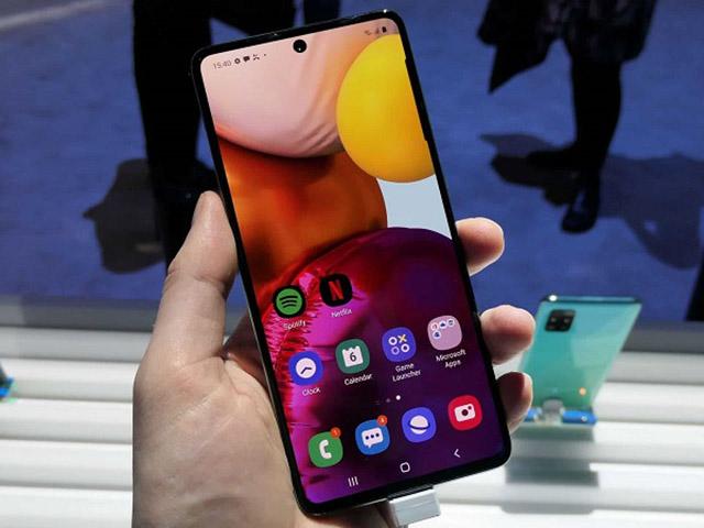 Galaxy A72 sẽ là smartphone đầu tiên của Samsung có 5 camera