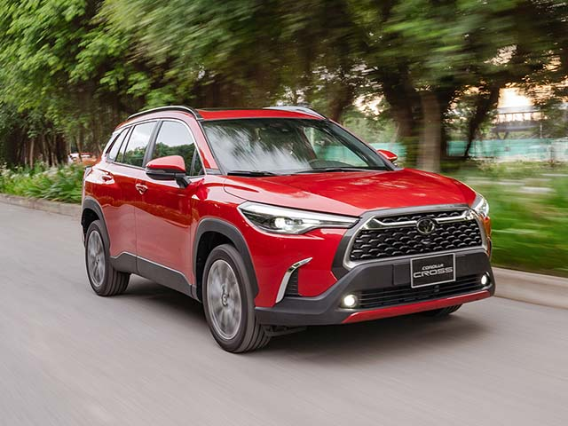 Giá xe Toyota Corolla Cross lăn bánh mới nhất tháng 9/2020