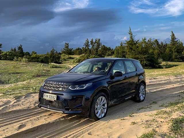 """Trải nghiệm xe Land Rover Discovery, """"chiến mã"""" Off Road dành cho giới nhà giàu"""