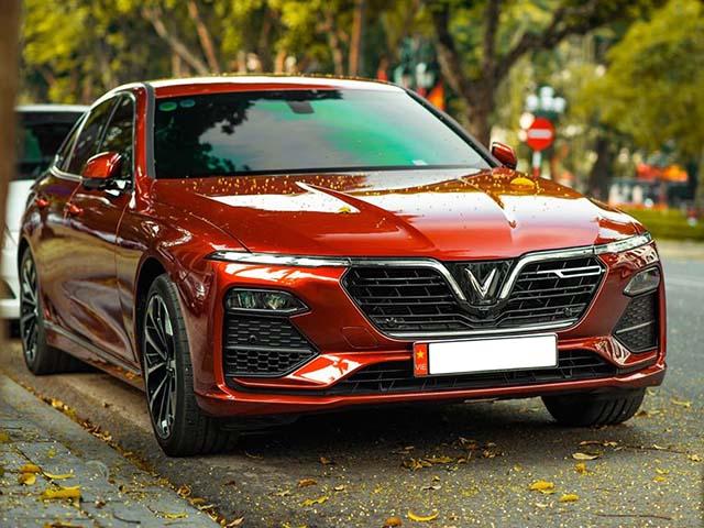 Giá xe VinFast Lux A2.0 lăn bánh 7/2021, ưu đãi 100% phí trước bạ