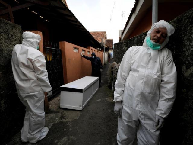 3 ngày hơn 400.000 ca Covid-19 mới, hệ thống y tế Indonesia chịu áp lực cực lớn