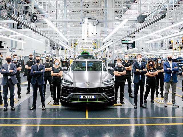 Lamborghini xuất xưởng chiếc Urus thứ 15.000 sau ba năm ra mắt
