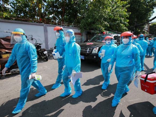 Lấy mẫu test nhanh định kỳ, Nghệ An phát hiện 2 nữ điều dưỡng dương tính với SARS-CoV-2