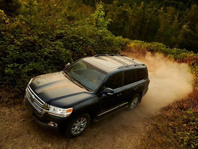 Toyota Land Cruiser 300 – Công nghệ khẳng định đẳng cấp