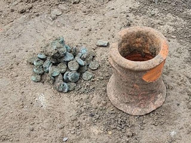 Phát hiện kho báu hiếm thấy ở Nga, hé lộ sự kiện thảm khốc cách đây 1.400 năm