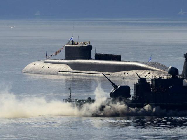 Tàu ngầm hạt nhân uy lực bậc nhất của Nga lặn sâu bất thường ở Đại Tây Dương