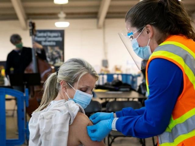 Mỹ loại bỏ hơn một triệu liều vaccine Covid-19