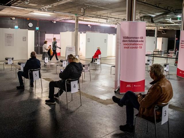 Quốc gia Bắc Âu sắp tiêm liều vaccine Covid-19 thứ ba cho người dân
