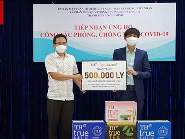 BAC A BANK cùng Tập đoàn TH trao tặng hơn 500.000 sản phẩm tới TP HCM, ủng hộ công tác phòng, chống dịch COVID-19
