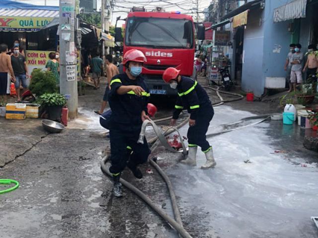 Cháy nhà ở Sài Gòn, 1 người chết