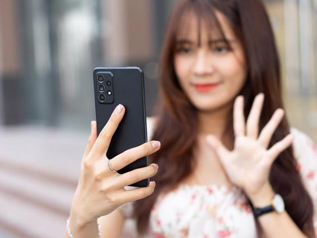 """Đánh giá smartphone 5G giá rẻ nhất của Samsung: Quá """"ngon"""" trong tầm giá"""