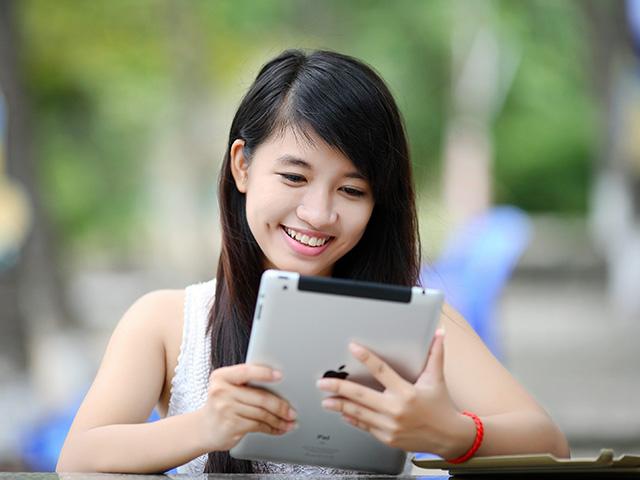 Lưu ý gì khi chọn máy tính bảng cho trẻ học Online?