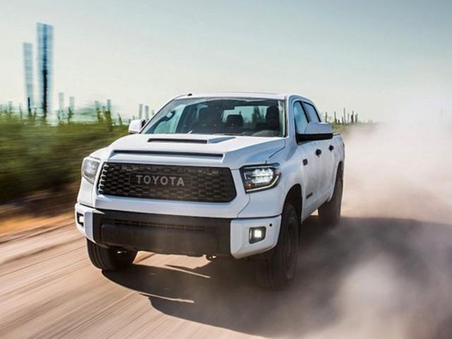 Toyota triệu hội loạt xe bán tải cỡ lớn vì nguy cơ cháy nổ