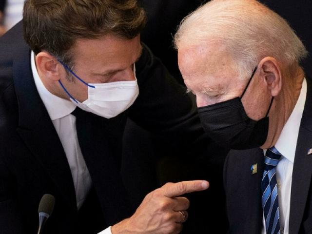 Ông Biden nói gì với ông Macron sau khi khiến Pháp giận dữ?