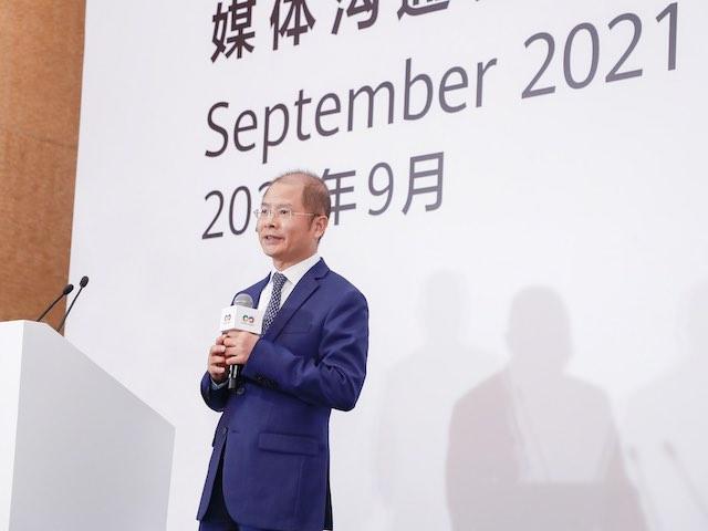 """Sếp lớn Huawei: """"Chúng tôi đã học cách sống với các hạn chế của Hoa Kỳ"""""""