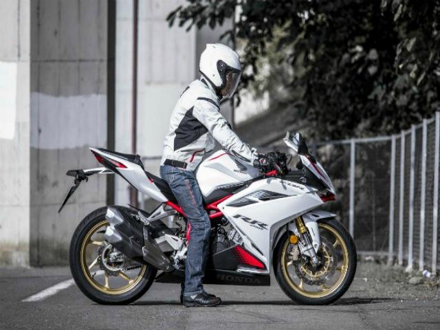 Ngắm kiệt tác Honda CBR250RR tỏa sáng trong phân khúc môtô 250cc