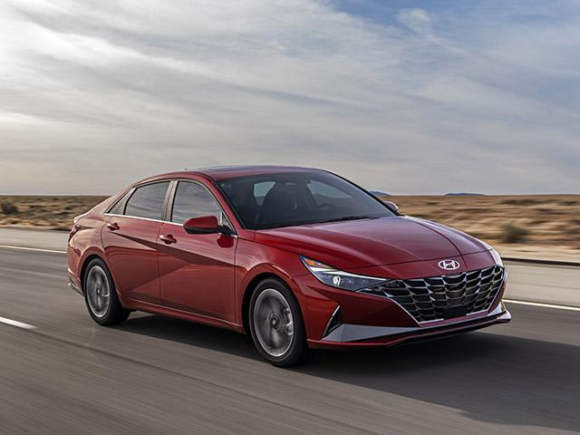 Hyundai Elantra 2021 chốt giá từ 455 triệu đồng, đa dạng biến thể và tùy chọn động cơ