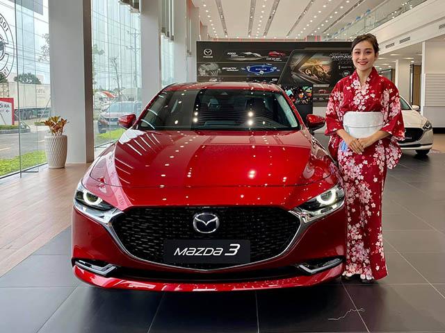 Mazda3 phiên bản đặc biệt kỷ niệm 100 năm thương hiệu giá 869 triệu đồng