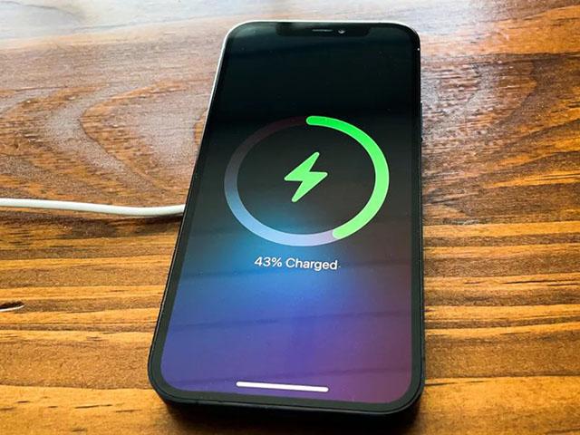 Apple tiết lộ một số nhược điểm với MagSafe mà người dùng cần nắm rõ