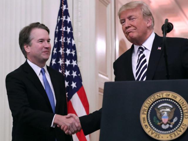 Bầu cử Mỹ: Tòa án Tối cao ra phán quyết có lợi cho ông Trump