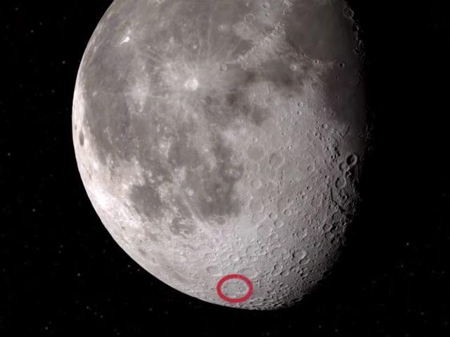 Nóng: NASA phát hiện thấy nước trên Mặt Trăng