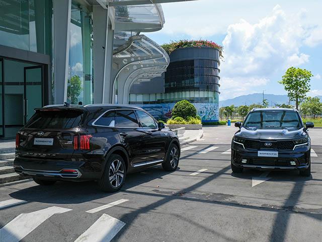 Top xe 7 chỗ đang được ưu đãi giá bán, nên mua ngay để giảm thêm 50% phí trước bạ