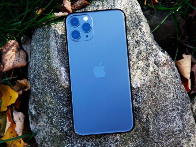 iPhone 12 Pro Max vs iPhone XS Max: Những cải tiến có đáng để bạn nâng cấp?