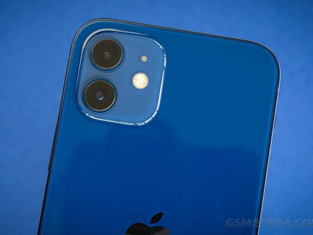 Bất ngờ khi camera iPhone 12 để thua loạt điện thoại Android này