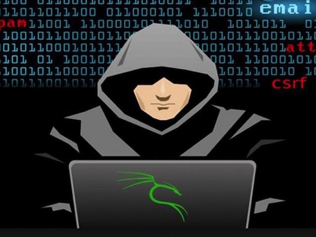 VSEC Vadar giúp cảnh báo tức thời lỗ hổng bảo mật, mã độc,...