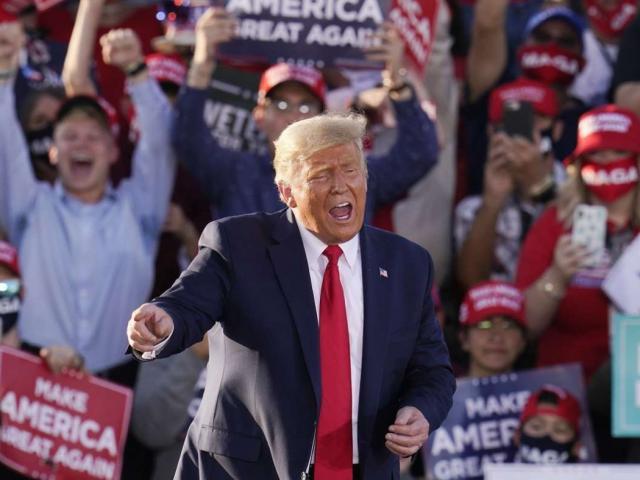 Phát hiện sai sót kiểm phiếu ở Arizona, ông Trump tin có thể kiếm thêm 9 vạn phiếu bầu
