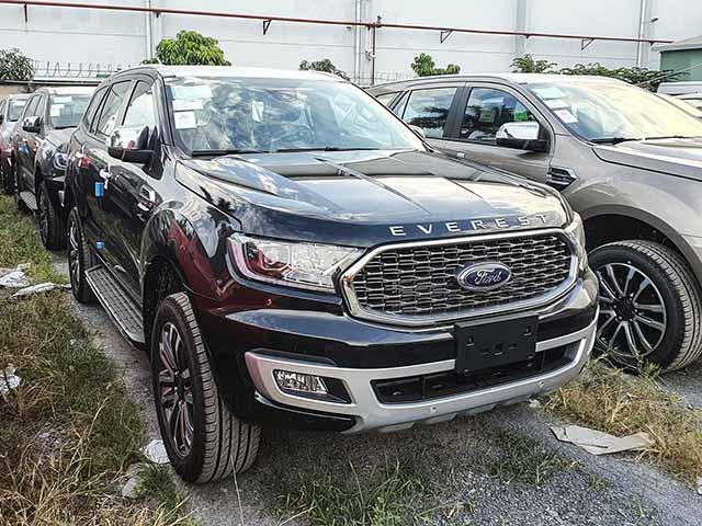 Lô xe Ford Everest 2021 chính thức cập cảng Việt Nam