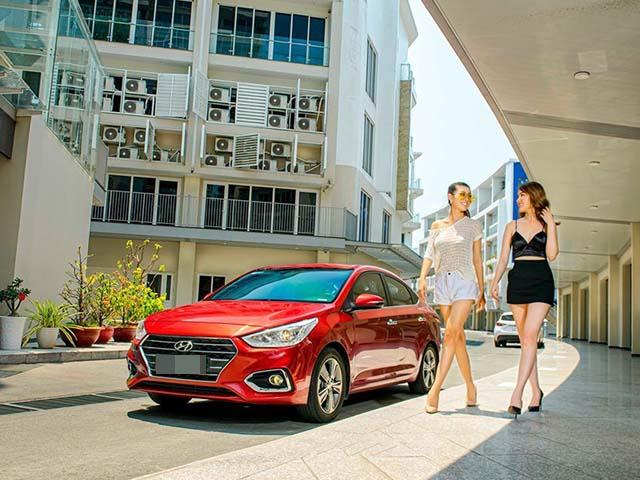 Trong tầm giá 450 triệu đồng nên mua Mitsubishi Attrage hay Hyundai Accent?