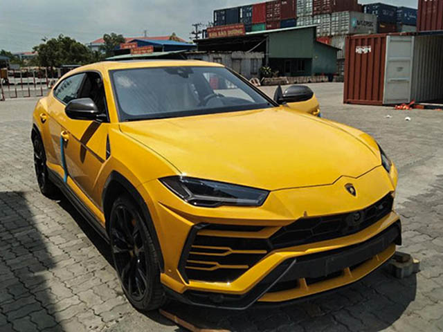Lamborghini Urus bị triều hồi hàng loạt vì nguy cơ cháy nổ