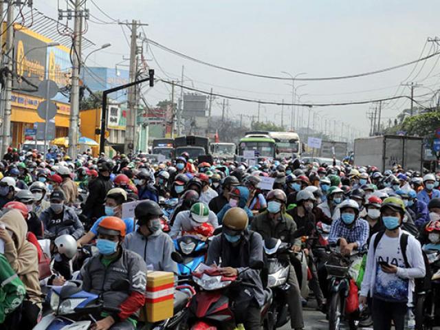 Bộ Tư lệnh TP.HCM sẽ đưa người dân về quê, cung cấp đường dây nóng